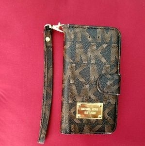 Michael kors!  IPhone case!